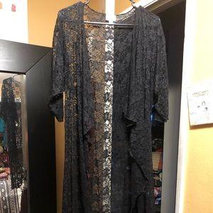 Lularoe Small Floral lace black Shirley